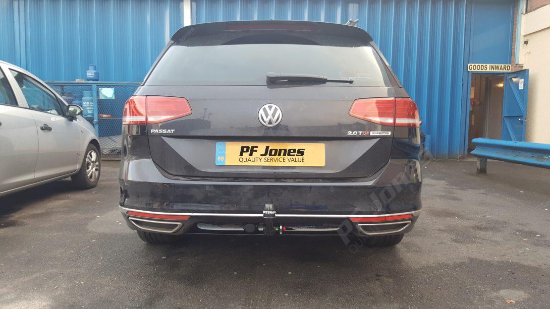 Volkswagen Passat Estate Tow Bar Fitting 317141 Pf Jones