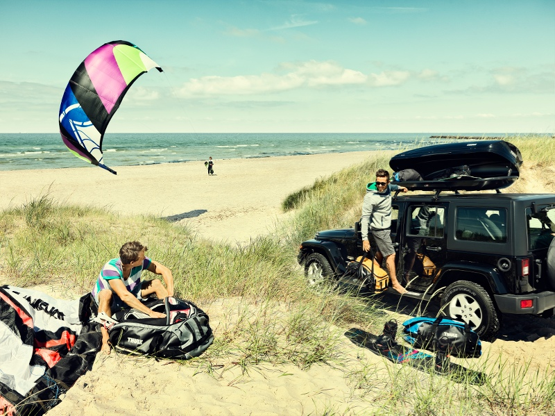 Bring your life. Thule luggage and bags.