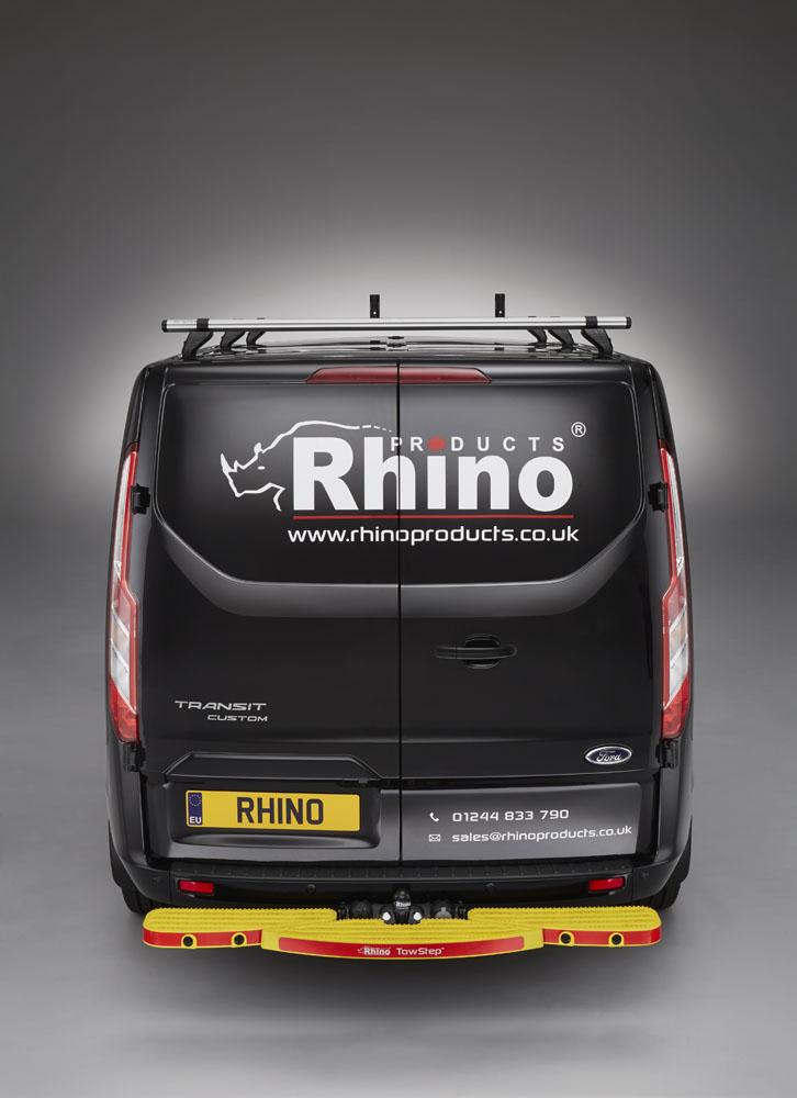 Rhino TowStep With Reversing Sensors