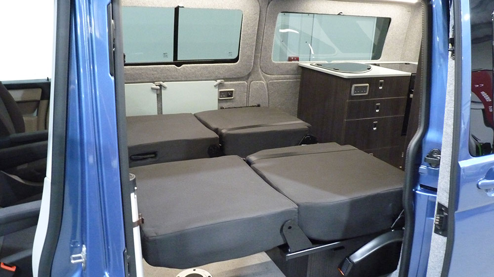 VW T6 LWB Interior - Individual Rib60 Single Rear Seat/Beds