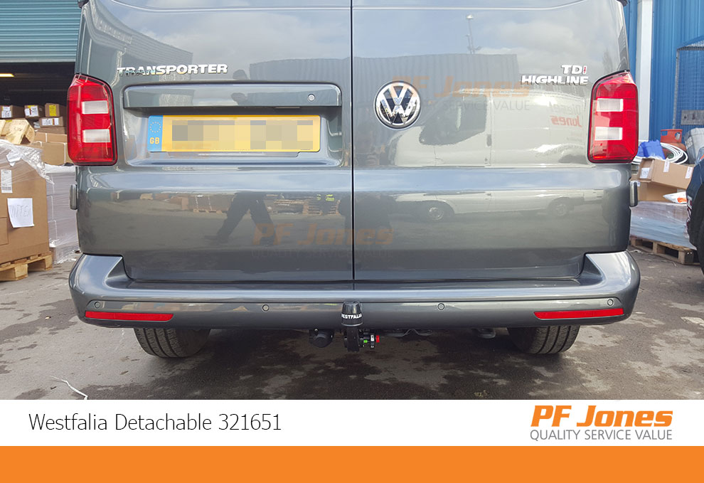 Volkswagen Transporter Detachable Towbar fitted