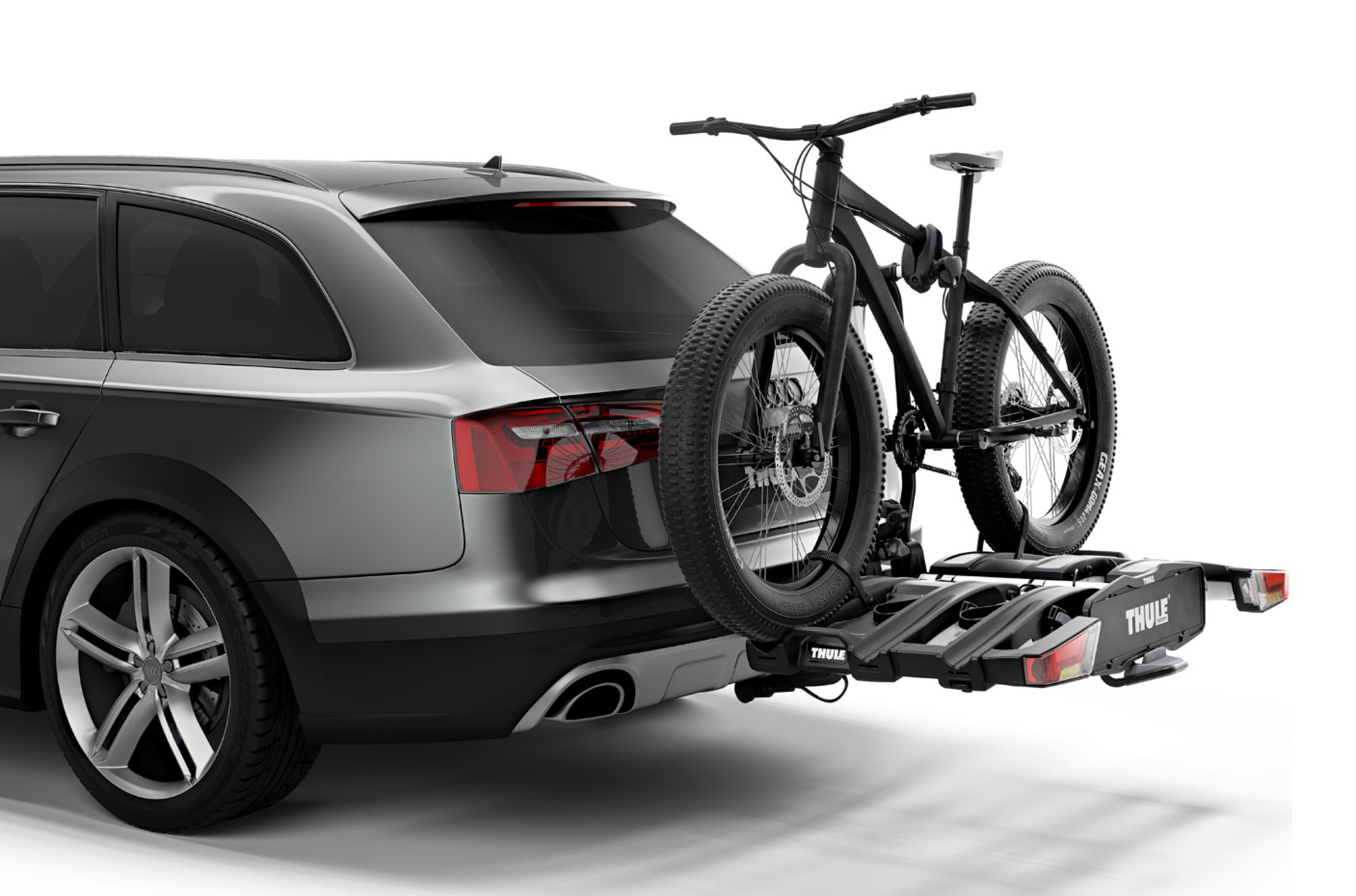 Thule EasyFold XT 3 Bike Cycle Carrier On Car