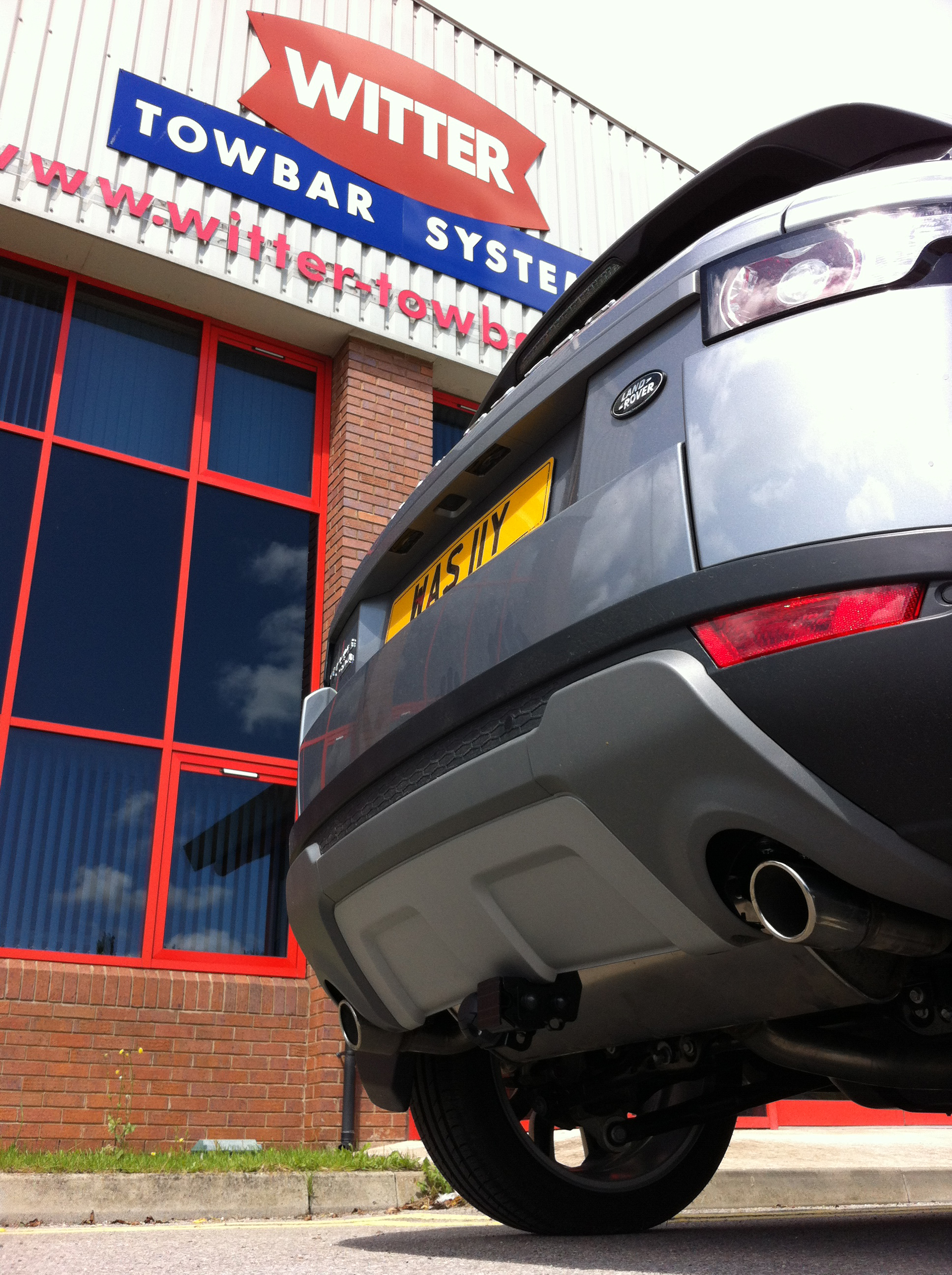 Land Rover Evoque 2011 On Detachable Tow Bar